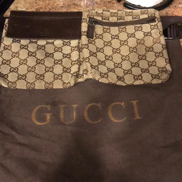 1e6d68161fe0 Gucci Handbags - Authentic Gucci waist bag fanny pack bum &dust bag